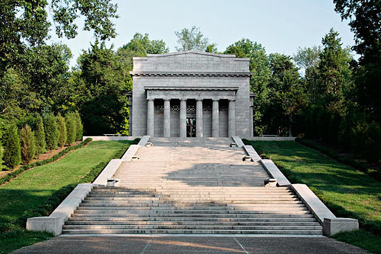 Lincoln Birthplace Memorial